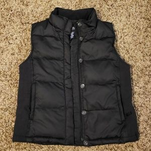 Women's black Gap puffer vest, sz M